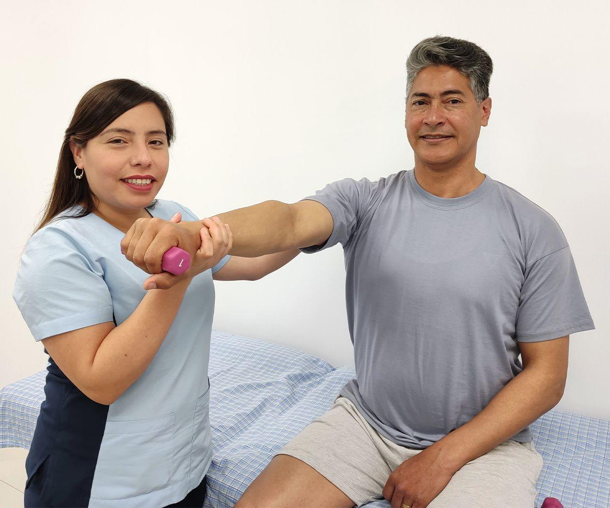 ejercicio de fisioterapia como tratamiento para la artrosis
